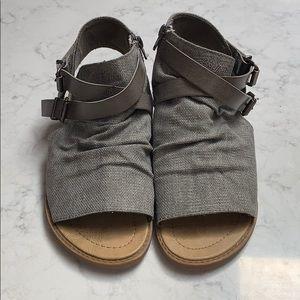 Blowfish Bella sandals size 9 grey gray NWOT